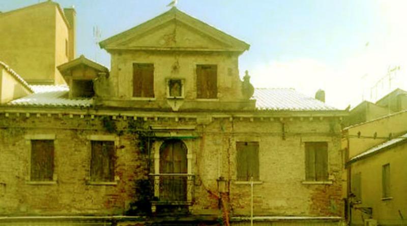 Miti e leggende chioggia museo galleggiante for Casa del granaio cracker